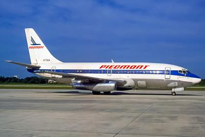 Piedmont Airlines, N738N, Boeing 737-201, msn 19422, Photo by Dean Slaybaugh, Image J076RGDS