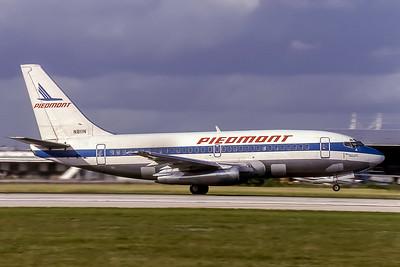 Piedmont Airlines, N811N, Boeing 737-201(ADV), msn 22869, Photo by Doug Corrigan, Image J128RGDC