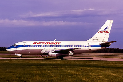 Piedmont Airlines, N806N, Boeing 737-201(ADV), msn 22806, Photo by John Stewart, Image J112LGJS