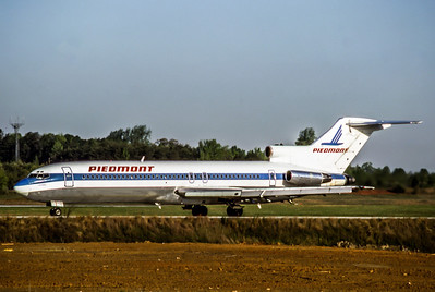 Piedmont Airlines, N1644, Boeing 727-295, msn 19449, Photo by Andrew Abshier, Image I014LGAA