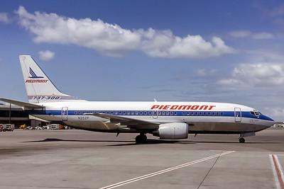 Piedmont Airlines, N352P, Boeing 737-301, msn 23740, Photo by Edwin Tarboot, Image K059RGET