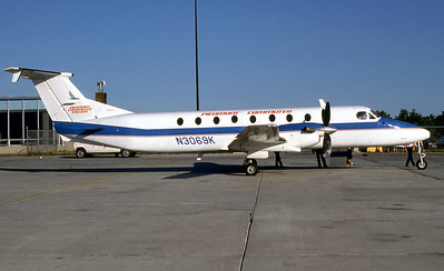 Piedmont Commuter, N3069K, Beech1900C, mfn UB-71, Photo from Photo Enrichments Collection, Image LL005RGJC