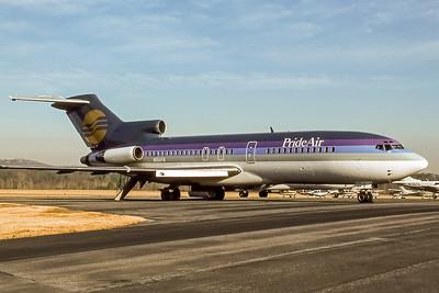 Pride Air, N154FN, Boeing 727-35, msn 18815, Photo by Derek Hellman, Image I091RGDH