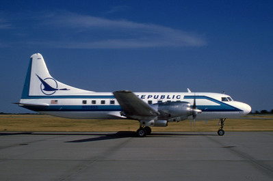 Republic Airlines, N90855,  Convair CV580, msn 50, Photo by Wilfred C. Wann Jr, MCI, Image CV001RGWW
