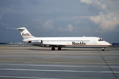 Republic Airlines, N90S, Douglas DC-9-31, msn 47244, Photo by Frnak Hines, ATL, Image C020RGFH