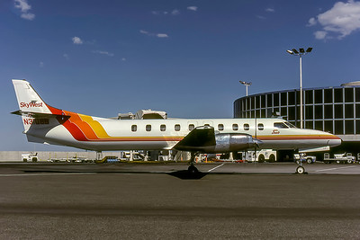 Skywest, N31808B, Fairchild SA227AC Metro III, msn AC509, Photo by Robert E Garrard, Image AI008RGRG