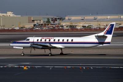 Skywest Airlines, N27240, Fairchild SA-227AC Metro III, msn AC-724, Photo by Brian Peters, PHX, Image AI006LGBP
