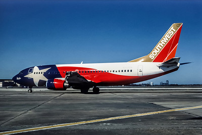 Southwest Airlines, N352SW, Boeing 737-3H4, msn 24888, Photo by Andrew Abshier, Image K010LGAA