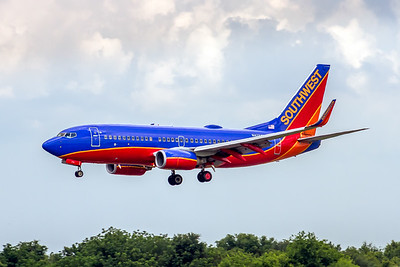 Southwest Airlines, N476WN, Boeing 737-3H4(WL), msn 32475, Photo by John A Miller, TPA, Image TT139LAJM
