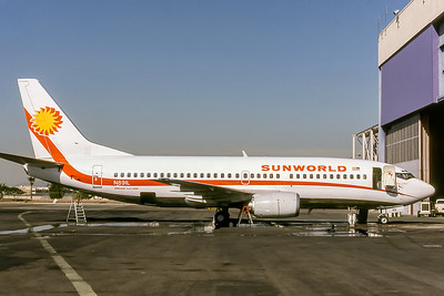 Sunworld International, N891L, Boeing 737-3Q8, msn 23388, Photo by Adrian J Smith, Image K138RGAS