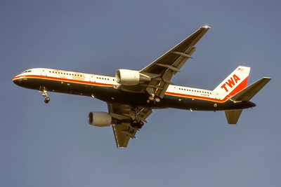 TWA, N705TW, Boeing 757-231, msn 28479, Photo by J. Fernandez Collection, Image N130LAJF