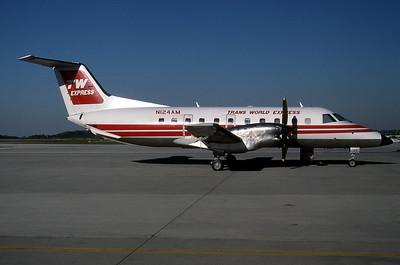 Trans World Express, N124AM, Embraer Brasilia EMB-120RT, msn 120016, Photo by Joseph Lezark, Image NN007RGJL