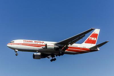 TWA, N609TW, Boeing 767-231, msn 22572, Photo by Wilfred C Wann Jr, Image P009LAWW