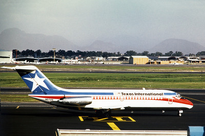 Texas International Airlines, N5726, Douglas DC-9-14, msn 45726, Photo by Dean Slaybaugh, Image C066RGDS