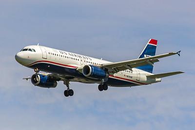 USAirways, N678AW, Airbus A320-232, msn 2482, Photo by John A Miller, TPA, Image T084LAJM