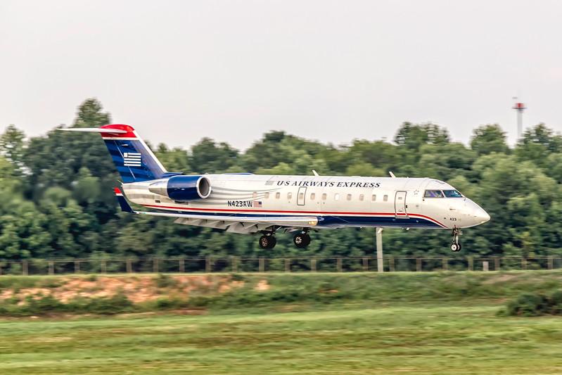 USAirways Express, N423AW, Canadair CL-600-2B19 Regional Jet CRJ-200LR, msn 7636, Photo by John A Miller, CLT, Image YY026RAJM