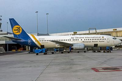 AIr Ukraine International, UR-GAA, Boeing 737-4Y0, msn 21992, Image by Frank Hines, Image L032RGFH