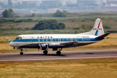 United Airlines, N7465, Vickers 745D Viscount, msn 231, Photo by Photo Enrichments Collection, Image AE002LGSP