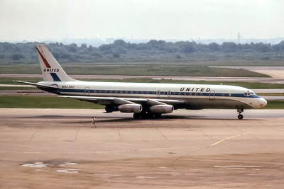 United Airlines, N8038U, Douglas DC-8-31, msn 45305, Photo by Steve Pinnow Collection, Image B036RGSP