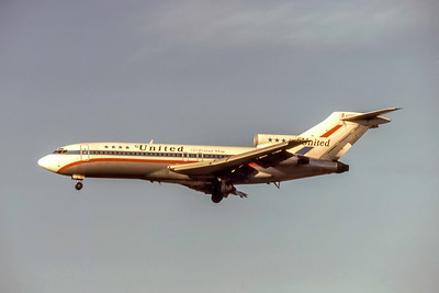 United Airlines, Boeing 727-22, Photo by J. Fernandez Collection, Image I229LAJF