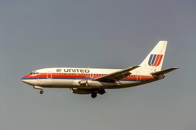 United Airlines, N9017U, Boeing 737-222, msn 19055, Photo by Joe Dernandez Collection, ORD, Image J184LAJF