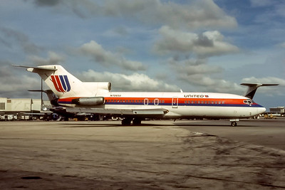 United Airlines, N7065U, Boeing 727-22, msn 18872, Photo by Joe Fernandez Collection, Image I220RGJF