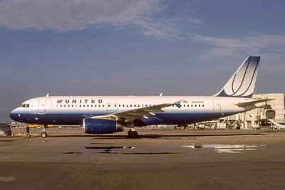 United Airlines, N423UA, Airbus A320-232, msn 504, Photo by J. Fernandez Collection, Image T163LGJF