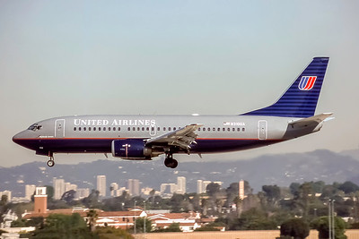 United Airlines, N310UA, Boeing 737-322, msn 23671, Photo by Joe Fernandez Collection, Image K148LAJF