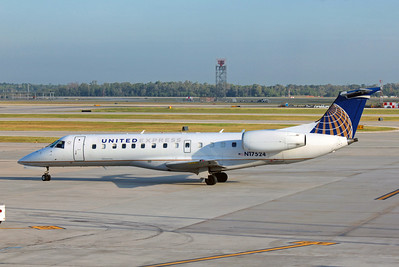 Untied Express (ExpressJet Airlines), N17524, EMB-135LR, msn 145399, Photo by John A. Miller, IAH, Image YC001LGJM