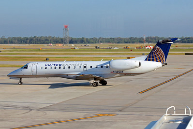 United Express (ExpressJet Airlines), N16525, EMB-135LR, msn 145403, Photo by John A. Miller, IAH, Image YC002LGJM