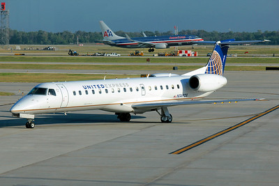 United Express (ExpressJet Airlines), N14925, EMB-145ER, msn 145004, Photo by John A. Miller, IAH, Image YD001LGJM