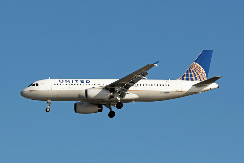 United Airlines, N477UA, Airbus A320-232, msn 1514, Photo by John A. Miller, TPA, Image T069LAJM