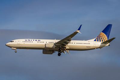 United Airlines, N67827, Boeing 737-924(ER)(WL), msn 44581, Photo by John A Miller, DEN-TPA, Image UA014LAJM