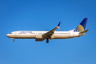 United Airlines, N67812, Boeing 737-924ER(WL), msn 43530, Photo by John A Miller, TPA, Image UA016LAJM
