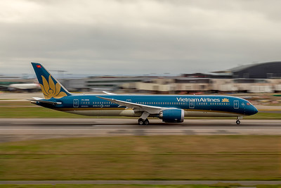 Vietnam Airlines, VN-A868, Boeing 787-9 Dreamliner, msn 39288, Photo by John A Miller, LHR, Image PA008RGJM