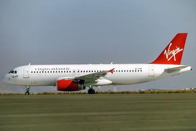 Virgin Atlantic, EI-VIR, Airbus A320-231, msn 449, Photo by Derek Hellman, Image T014LGDH