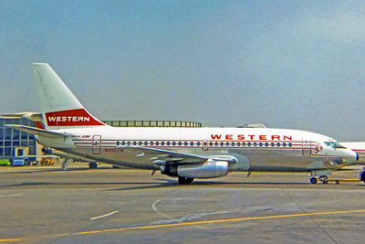 Western Airlines, N4507W, Boeing 737-247, msn 19604, Photo by John Casperson, LAX, Image J165RGJN