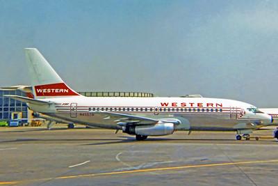 Western Airlines, N4507W, Boeing 737-247, msn 19604, Photo by John Casperson, LAX, Image J165RGJN