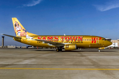 Western Pacific Airlines, N956WP, Boeing 737-3Q8, msn 24299, Photo by Andrew Abshier, Image K157RGAA