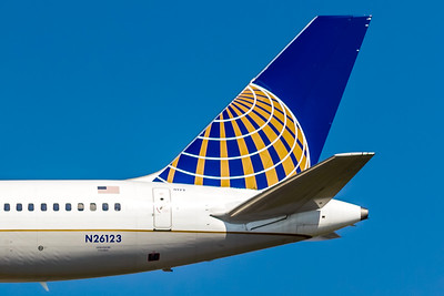 United Airlines 757 Tail