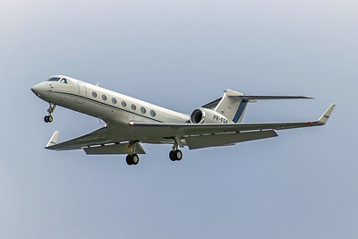 PR-FGA, Gulfstream G550, msn 5280, Private Owner, Photo by John A Miller, TPA, Image B-BP1002RAJM