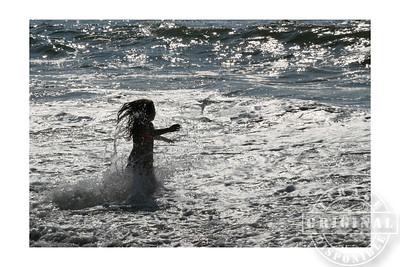 La petite fille et la mer