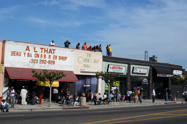 Waiting for space shuttle Endeavour on Crenshaw Boulevard.