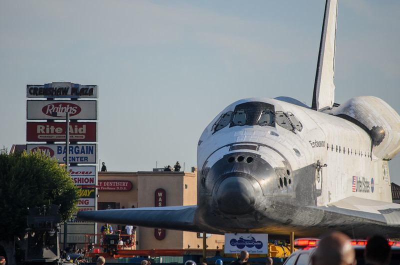 Space shuttle Endeavour on Crenshaw Boulevard approaching 54th Street intersection.