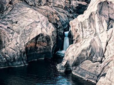 Cascades; Googong