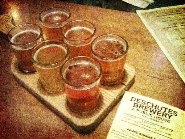Deschutes Brewery sampler, including Mirror Pond, Flagliner & Chainbreaker
