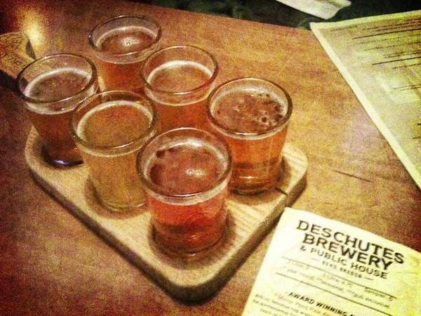 Deschutes Brewery sampler, including Mirror Pond, Flagliner & Chainbreaker