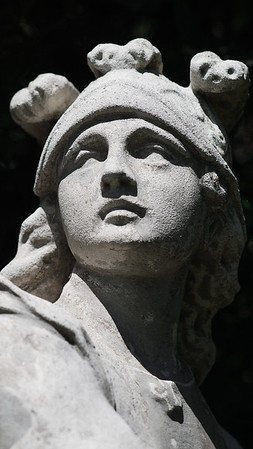 Ancient Roman statue iPhone wallpaper