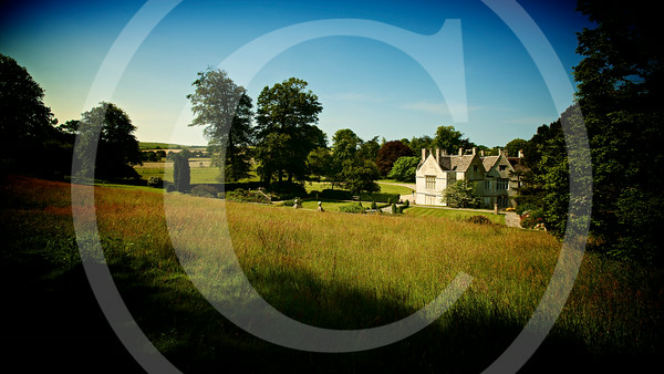 Landscape-photography-English-Country-House-meadow