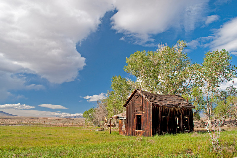 An old cabin in Round Valley, north of Bishop, in the Eastern Sierra.